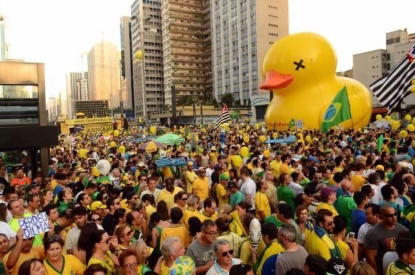 Manifestação a favor do impeachment de Dilma na avenida Paulista – Foto- Rovena Rosa:Agência Brasil