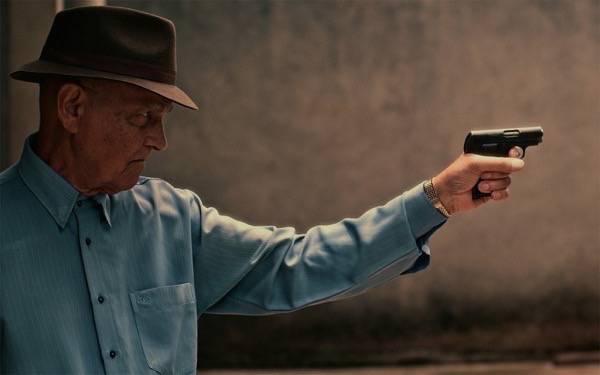 O ator Nelson Xavier interpreta Amador, 0 ex-matador de aluguel que protagoniza o filme de estreia de Erico Rassi. Foto- Divulgação : Rio Bravo Filmes