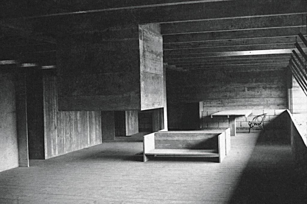 Casa Butantã – Residência que o arquiteto projetou para si mesmo em 1964, no bairro paulistano, que teve a obra concluída em 1966. Foto: Annett Espiro