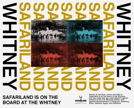 """A imagem é uma arte de protesto criada por Decolonize This Place e coletivo MTL + no estilo de Andy Warhol. No centro dela estão 4 fotos, uma original e as outras pintadas com as cores azul e vermelho; os registros mostram nuvens de gás remetendo às bombas de gás usadas para reprimir protestos. Perpassando as 4 fotografias está o escrito """"Safariland"""" repetido 7 vezes, nas bordas vemos a palavra Whitney dando sequência a essa repetição"""