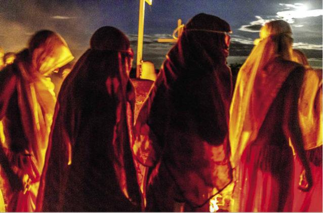 Irmandade em cerimônia de autoflagelação