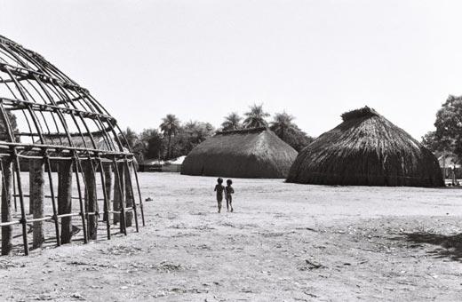 Manual da Arquitetura Kamayurá resgata sabedoria milenar
