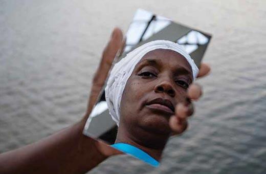Desconstruir a hegemonia branca nas artes brasileiras é uma ação efetiva de mudança