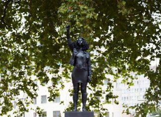 estátua bristol