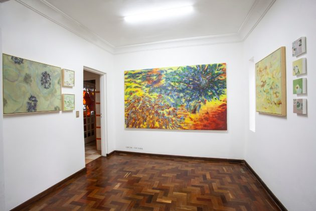 Sala de Corina Ishikura na exposição da Casa TATO