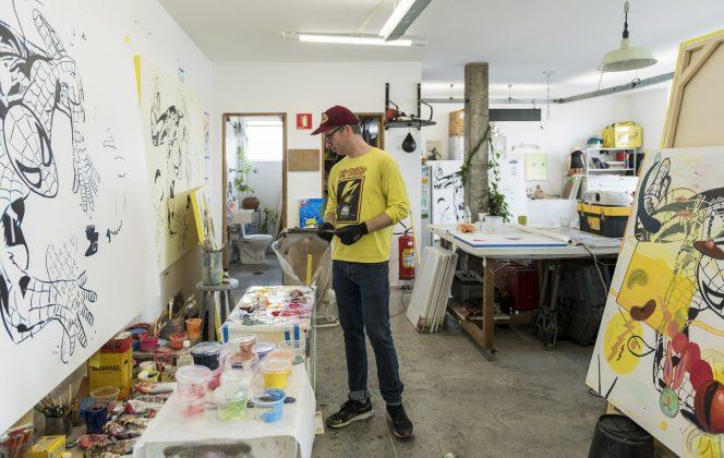 """Tomando como ponto de partida trabalhos produzidos pelo artista Pedro Caetano, o projeto """"Influx"""", apresentado pela Bergamin & Gomide ao Art Basel Miami Beach OVR, foi inspirado nos movimentos e artistas que influenciaram a prática artística de Caetano ao longo de sua carreira"""