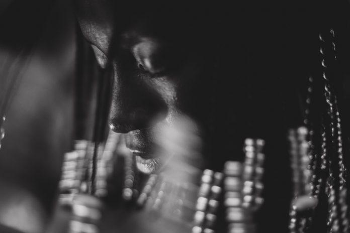 Integrante da plataforma Piscina, Juh Almeida expôs a obra A woman speaks no SP-Foto VR