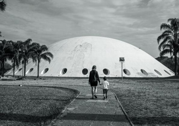 """""""Oca"""", 2018, imagem comissionada para a revista SP-Arte no mesmo ano. Cortesia SP-Arte e José Henrique Lorca."""