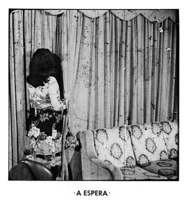 """""""A espera"""", Rosângela Rennó"""