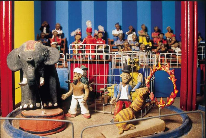 """Circo"", de Adalton. Exposta no Museu Casa do Pontal"